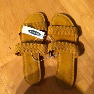 NWT Mustard Yellow Sandals